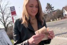 Sex video – Ivana ide za rychlý prachy