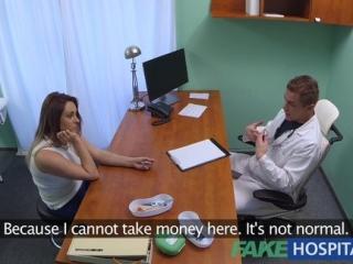 FakeHospital - sex s nadržaným doktorom