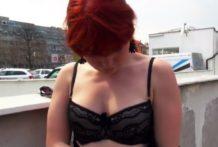 Rýchle prachy – amatérske porno video s ryšavou