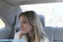 Rychlý prachy s českou blond z auta