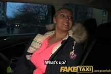 Fake taxi s českou nadržanou blond cicou