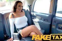 Rozvášnila sa vo fake taxi