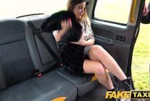 Rozdala si to v taxíku