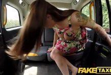 Súlož v taxíku