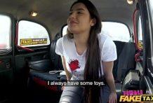 Lesbická jazda taxíkom