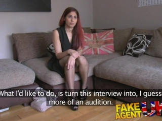 FakeAgent - vyholená kundička na castingu